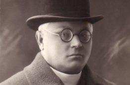 J. Tumas, 1927 m.